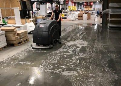 Betonvloer reinigen en impregneren IKEA