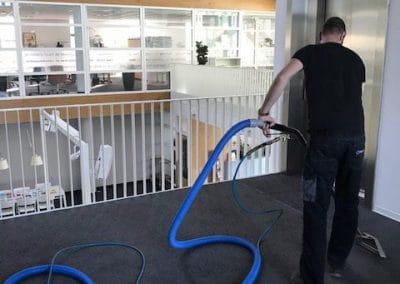 Tapijt reinigen vloer onderhoud