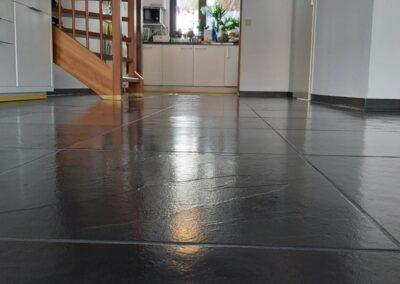Leisteen vloer netjes gemaakt en afgewerkt in Vlissingen